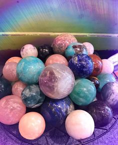 Crystals spheres