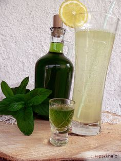 menta likőr Limoncello, Cocktail Drinks, Cocktails, Recipies, Food And Drink, Cooking Recipes, Tableware, Soft Drink, Mint
