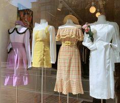 Korean Fashion – How to Dress up Korean Style – Designer Fashion Tips Cute Fashion, Look Fashion, Girl Fashion, Womens Fashion, Fashion Design, Korean Fashion Trends, Korea Fashion, Asian Fashion, Girl Outfits
