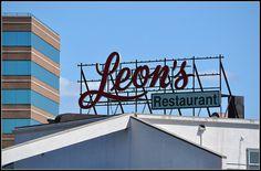 Leon's Restaurant Of New Haven Sign
