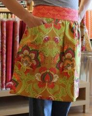 sew: the artisan apron || Pellon Projects -- love the pockets! Great craft or cooking apron.