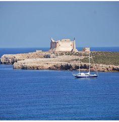 Visit Sicily (@VisitSicilyOP) Dove i due mari si incontrano #Portopalo Capo Passero ph R Figura #yummysicily #summerinsicily