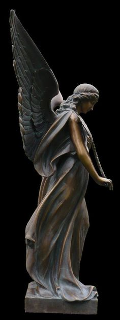 This is so beautiful reminds me of one my mother in law has. Always admired that statue Cemetery Angels, Cemetery Statues, Cemetery Art, Angels Among Us, Angels And Demons, Statue Ange, Sculpture Metal, I Believe In Angels, Ange Demon