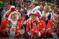Karneval in Köln (Mardi Gras Rheinland style)...starts officially on 11.11. - takes a break from Advent-6. January put goes non stop from Altweiber Thursday-Veilchen Dienstag (Day before Ash Wednesday)