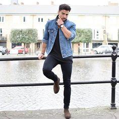 Sunday vibes ~ Denim jacket - @levis Jeans - @hm Chelsea boots - @asos…