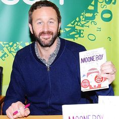 Star Tracks: Monday, October 27, 2014 | WRITE ON! | He's a man of his word. Chris O'Dowd brings his signature style – and snazzy pink pen! – to a Friday book signing for Moone Boy, the Blunder Years, a semi-autobiographical tale he co-wrote with Nick V. Murphy, at Eason bookstore in Dublin, Ireland.