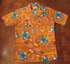 502d6eff Beautiful vtg 60s-70s hibiscus tribal Hawaiian-made shirt SMALL by Pomare # Pomare