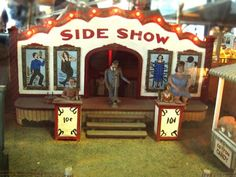 Love the teeny carnival sideshow photographed by @MsEmilyApple