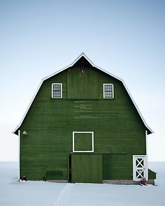 Gorgeous Green Barn  Eric van den Brulle, photographer