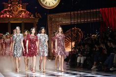 See atmosphere photos from the Dolce & Gabbana Fall 2016 Ready-to-Wear fashion show.