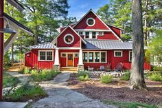 Delorme Designs Red House Love I Want To Live Here Round