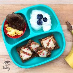 Toddler breakfast: - scrambled egg & sausage patty - yogurt w/ blueberries - fancy toast w/ PB & apple shapes (@funbites) - banana  #toddlerfood #toddlermeals #kidfood #healthykids #breakfast #balancedmeal #goodmorning #toasty #foodisfun #replayrecycled #replaymeals @replayrecycled #funbites #funbitesfun #instagood #instafood #feedfeed #buzzfeedfood #f52grams