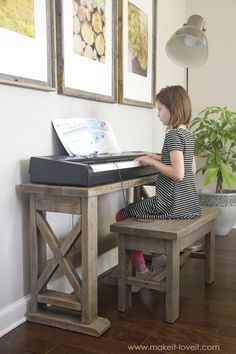 DIY Digital Piano Stand and Bench (...a $25 project!!) | via makeit-loveit.com #woodworkingbench