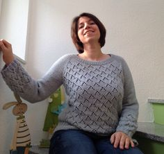Ravelry: clclaudi's Lucy's Diamonds Pullover