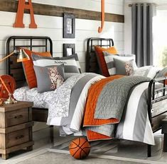 Pottery barn kids gray stripe rugby duvet with orange/gray quilt