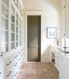 Brick Pavers in the Mudroom + Herringbone brick floors + Dark Olive Green Painted Door + Bleached Wood Shiplap Walls Best Flooring, Brick Flooring, Brick Pavers, Cork Flooring, Flooring Ideas, Home Renovation, Home Remodeling, Off White Walls, White Wall Paneling
