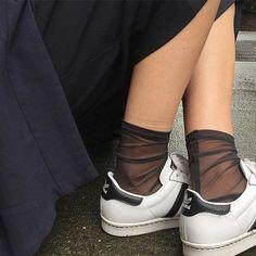 2017年秋冬トレンド靴下 チュールソックス