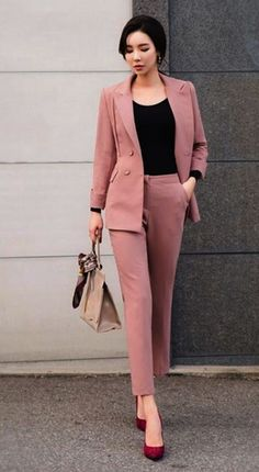 Women's Clothes Guess at Where To Donate Women's Clothes Near Me little Places T… - corporate attire women Classy Work Outfits, Summer Work Outfits, Work Casual, Casual Outfits, Spring Outfits, Denim Outfits, Casual Office, Hipster Outfits, Casual Attire