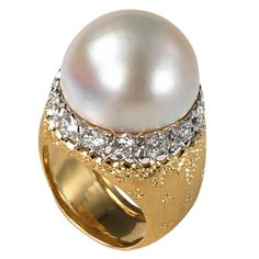 Buccellati gold and pearl Ring