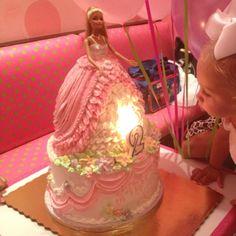 Amazing Barbie birthday cake