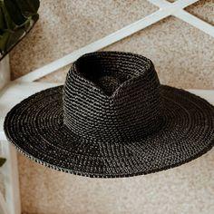 """""""Black ⚫ Fedora Ledis"""" Black Fedora, Fedora Hat, Raffia Hat, Classic Hats, Wearing A Hat, Hat Making, Yarn Colors, Hat Sizes, Panama Hat"""
