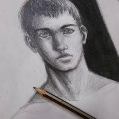 Personaje de Carmen #art #artesalamanca  #artwork  #cubogaleriaadultos2015 #pencil #lapiz #boy #draw #dibujo #drawing…