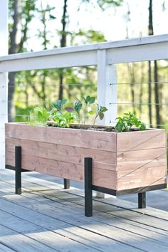 Most stylish and delicate garden designs On A Budget. How to build a cedar planter and grow your own salad garden. With a few simple materials and tools - you can quickly have your own custom planter. Source: http://www.ehow.com/how_12343296_build-grow-salad-garden-balcony.html