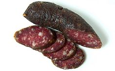 A recipe for landjaeger sausages, a German dry cured sausage that you can carry with you in the field or on the road. Make these with venison or beef and pork.