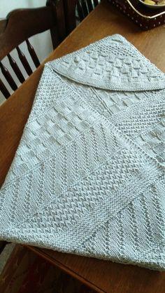 Drops coton merino 6,5 bolletjes. Ca  78x78 cm. Februari 2016