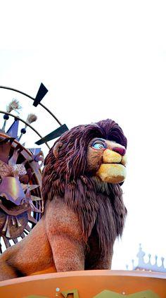 Disneyland // Mickey's Soundsational Parade // Simba of The Lion King
