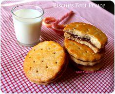 """les Biscuits """"Petit Prince"""" recette fait maison Après avoir réaliser plusieurs… Mets, Fermented Foods, Coffee Art, Salmon Burgers, Easy Meals, Muffin, Bread, Cookies, Breakfast"""