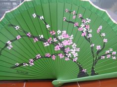 Abanico pintado a mano Painted Fan, Chinese Fans, Fan Decoration, Pretty Hands, Disney Drawings, Victorian Fashion, Paper Flowers, Oriental, Exotic