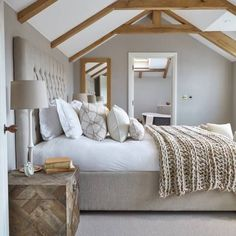 This is a Bedroom Interior Design Ideas. House is a private bedroom and is usually hidden from our guests. However, it is important to her, not only for comfort but also style. Much of our bedroom … Farmhouse Master Bedroom, Bedroom Loft, Cozy Bedroom, White Bedroom, Home Decor Bedroom, Master Bedrooms, Master Suite, Scandinavian Bedroom, Neutral Bedrooms