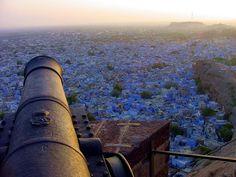 http://www.turismodigital.com/fotos/jodhpur-rajasthan-la-india-azul-1-508.jpg