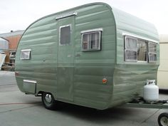 Sell your trailer - Vintage Camper Trailers Tiny Trailers, Travel Trailers For Sale, Vintage Campers Trailers, Vintage Caravans, Camper Trailers, Vintage Motorhome, Airstream Campers, Classic Trailers, Retro Campers