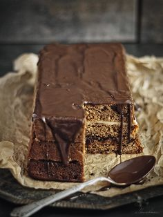 gingerbread cake w plum jam, marzipan, & chocolate icing Sweet Recipes, Cake Recipes, Dessert Recipes, Desserts, Chocolate Icing, Chocolate Recipes, Gingerbread Cake, My Dessert, Food Cakes