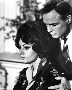Sophia Loren & Marlon Brando.
