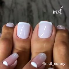 These mani & pedi tutorials will get you in awe! Credits IG: These mani & pedi tutorials will get you in awe! Long Red Nails, Pink Nails, Short Nails, French Nails, American French Manicure, American Manicure Nails, French Manicure Toes, French Toes, French Manicure Designs
