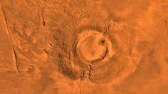 Arsia Mons, el volcán marciano que escupió lava cuando en la Tierra había dinosaurios En la actualidad, Marte parece un planeta totalmente muerto. Sus profundos cañones solo son recorridos por el polvo, y sus inmensos volcanes, entre e... http://sientemendoza.com/2017/03/22/arsia-mons-el-volcan-marciano-que-escupio-lava-cuando-en-la-tierra-habia-dinosaurios/