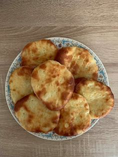 Snack Recipes, Snacks, Food And Drink, Chips, Cooking, Cake, Ethnic Recipes, Basket, Snack Mix Recipes