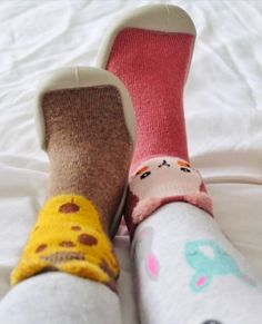See why so many parents are buying the hottest accessory of the season for their little bundle of joy, Slip'on Baby Shoes! Specially designed for great support and is amazingly comfortable! Baby Kicking, Sock Animals, Shoe Company, Baby Owls, Baby Birth, Baby Feet, Unique Baby, Big Eyes, Sock Shoes