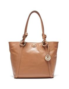 Mim Supernatural Tote, my Mom wil looooovvvee this. Mimco Bag, My Style Bags, Races Fashion, Designer Backpacks, Mother Day Gifts, Bag Making, Leather Handbags, Cool Things To Buy, Nice Things