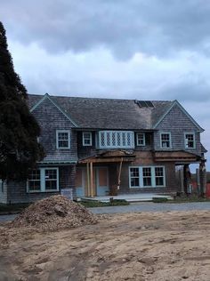 The Grey Gardens Renovation Is Underway—and People Aren't Happy About It Grey Gardens House, Gray Gardens, Zillow Homes For Sale, Edith Bouvier Beale, East Hampton, Celebrity Houses, Green Garden, Abandoned Buildings, The Hamptons