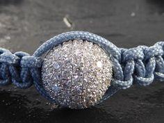 Catawiki Online-Auktionshaus: Modernes handgeflochtenes Armband mit Diamantkugel im Brillantschliff