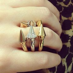 Awesome Spike Rings by @VitaFede!
