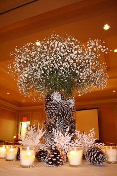 40 Christmas Party Decorations Ideas You Can't Miss- company-christmas-party-centerpiece-ideas Office Christmas Party, Christmas Party Decorations, Christmas Holidays, Corporate Christmas Party Ideas, Company Christmas Party Ideas, Winter Party Themes, Christmas Events, Xmas, Christmas Photos