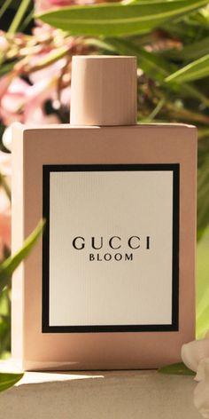 Debuting the first fragrance developed wholly under Alessandro Michele's creative vision: a scent designed to celebrate the authenticity, vitality and diversity of women—flourishing in a natural, expressive and individual way. Blended by master perfumer Alberto Morillas under the direction of the House's Creative Director, Gucci Bloom is created to unfold like its name, capturing the rich scent of a thriving garden filled with an abundance of flowers.
