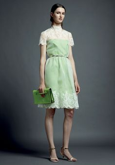 LOVE THE COLOUR . Valentino Resort 2013 - Review - Fashion Week - Runway, Fashion Shows and Collections - Vogue