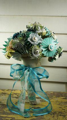 Pinwheel paper flower bouquet . so cute!