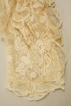 Wedding dress Irish Crochet Lace
